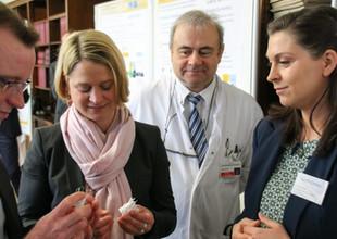 Besuch der Bildungsministerin Frau Hesse