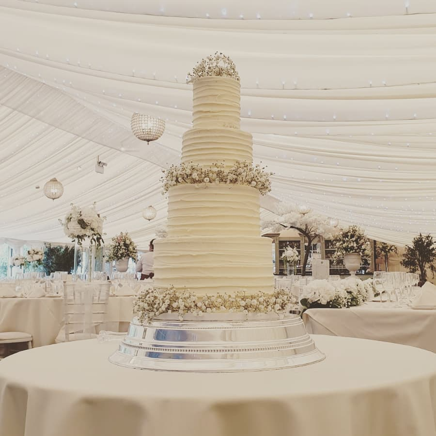 4 tier buttercream ruffle gypso