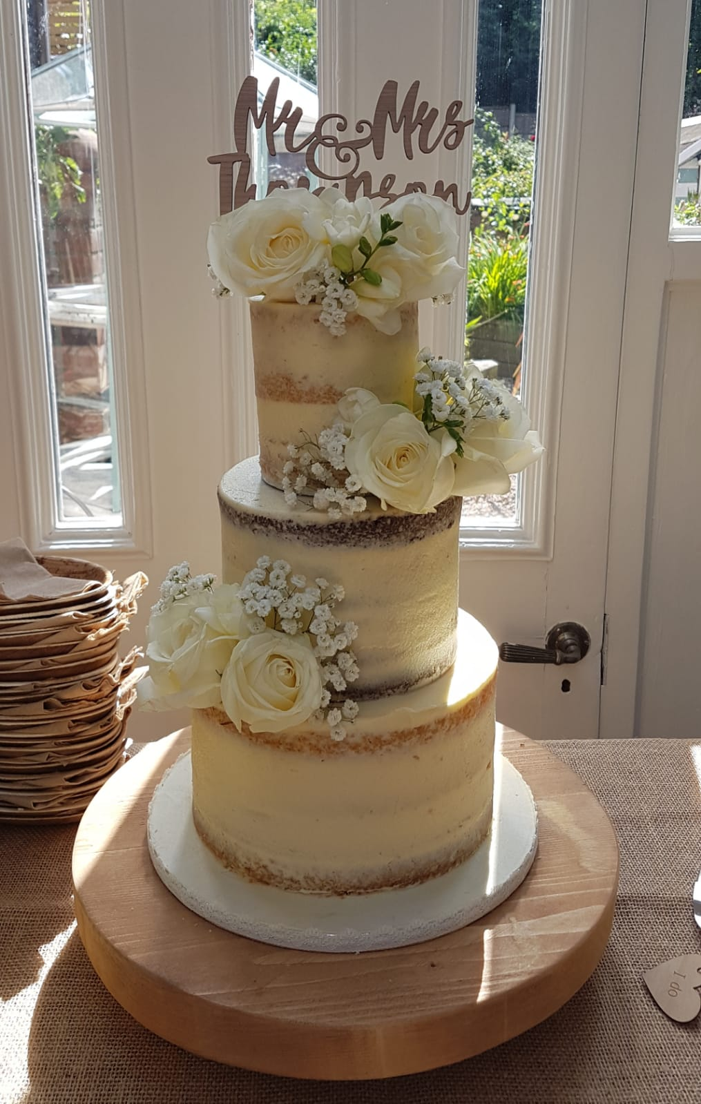 Mini semi naked wedding cake