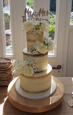 Mini semi naked wedding cake
