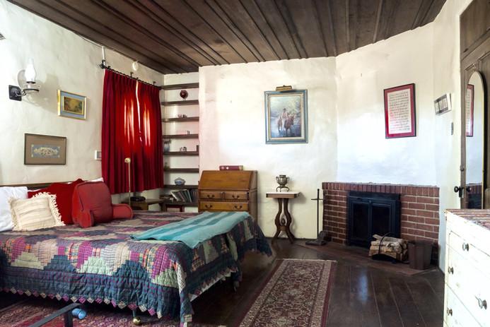 Celeste bedroom.jpg