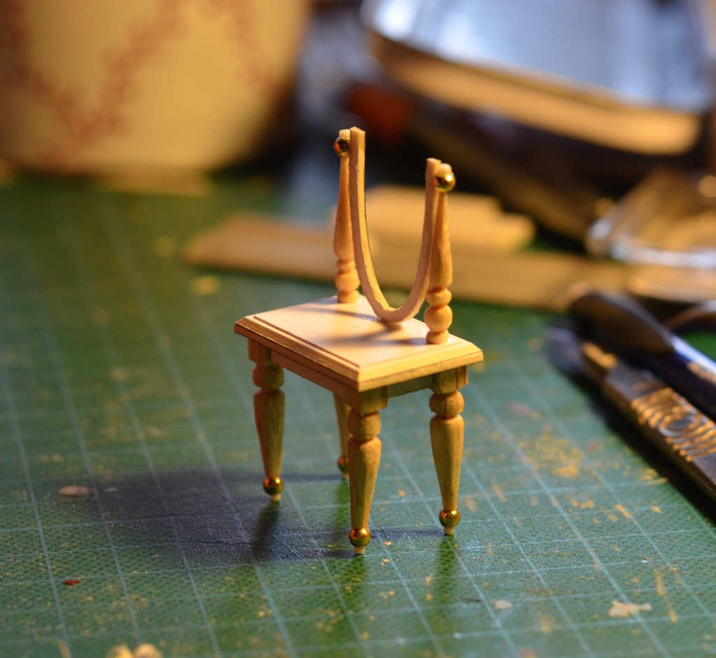 1:25 DRESSING TABLE