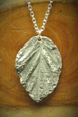 3951 - Medium Rose leaf