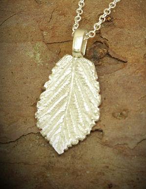 3090 - Bramble leaf