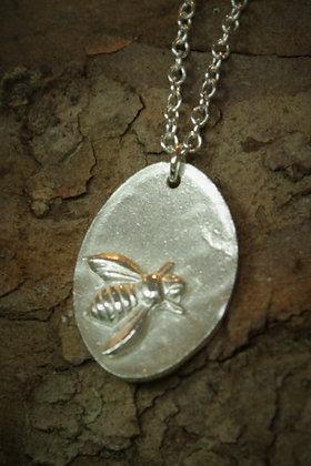 3480 - Bee
