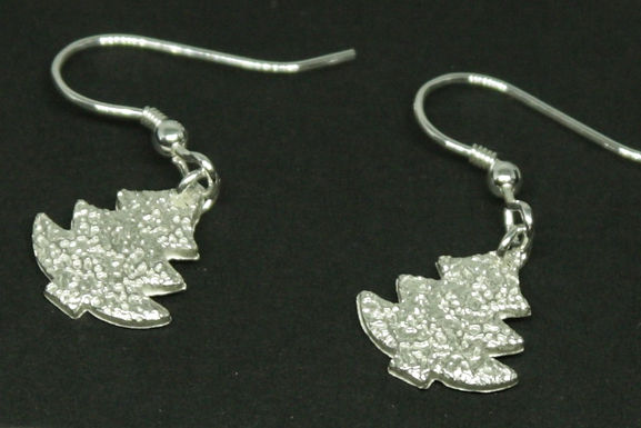 4531 - Dangly Christmas tree earrings