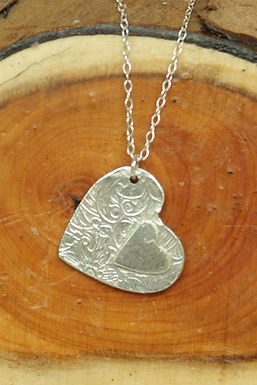 3563 - Textured heart with small plain heart