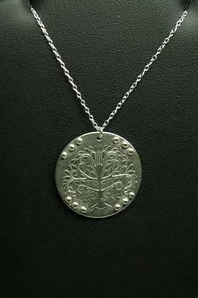 6149 - Disc with embossed tree