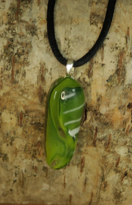 2868 - Green/white thin oval pendant
