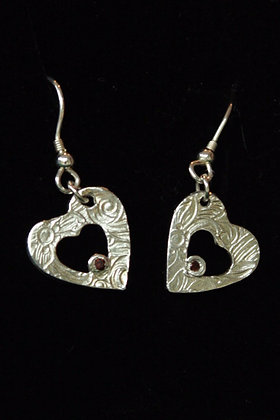3569 - Heart earrings with stone