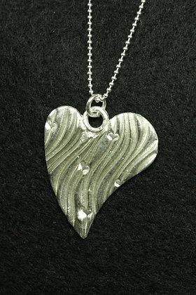 5157 - Large asymmetric stylised heart
