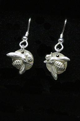 4010 - Dangly bee earrings