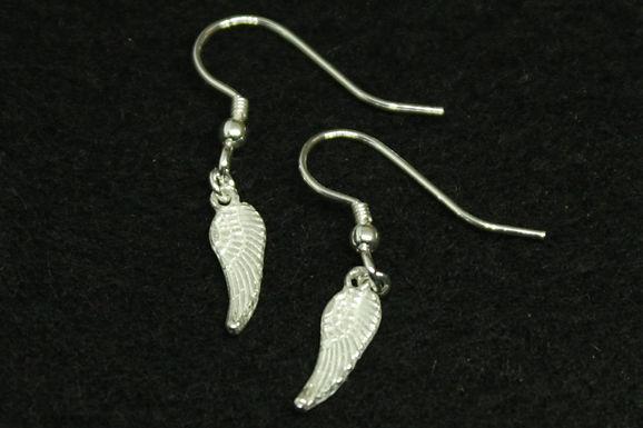 6308 - Mini dangly angel wing earrings