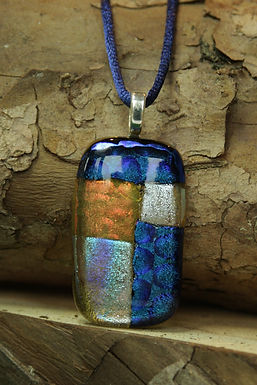 3721 - Patchwork white/blue rectangular glass pendant