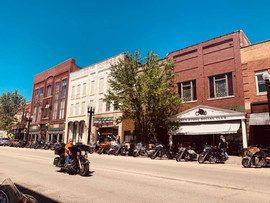 Downtown Savanna