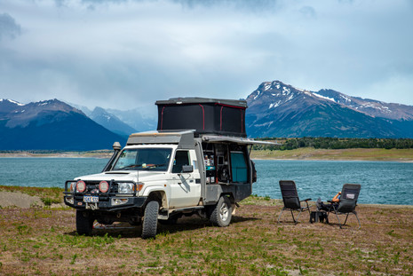 We found a fantastic little camp spot on the lake near the glacier. We attempted to fish, but gave up and cracked a bottle of red instead. It's cold here!!