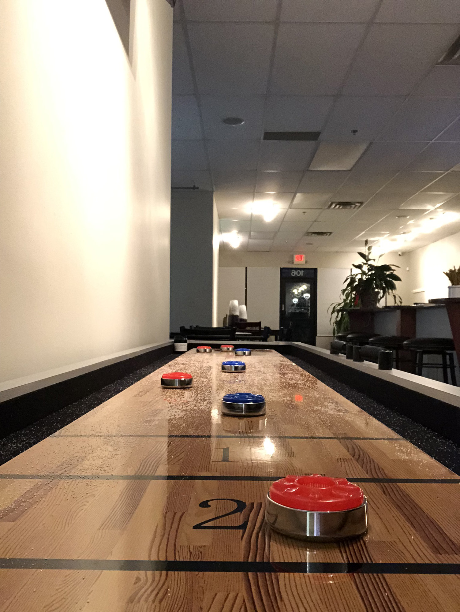 Shuffleboard_Cowrking_Space_The_Social_M