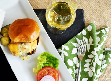 Cheddar Chive Burger 'American Style'