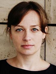 Julia Loibl