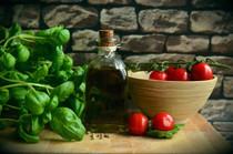 food-healthy-red-tomatoes-111134.jpg