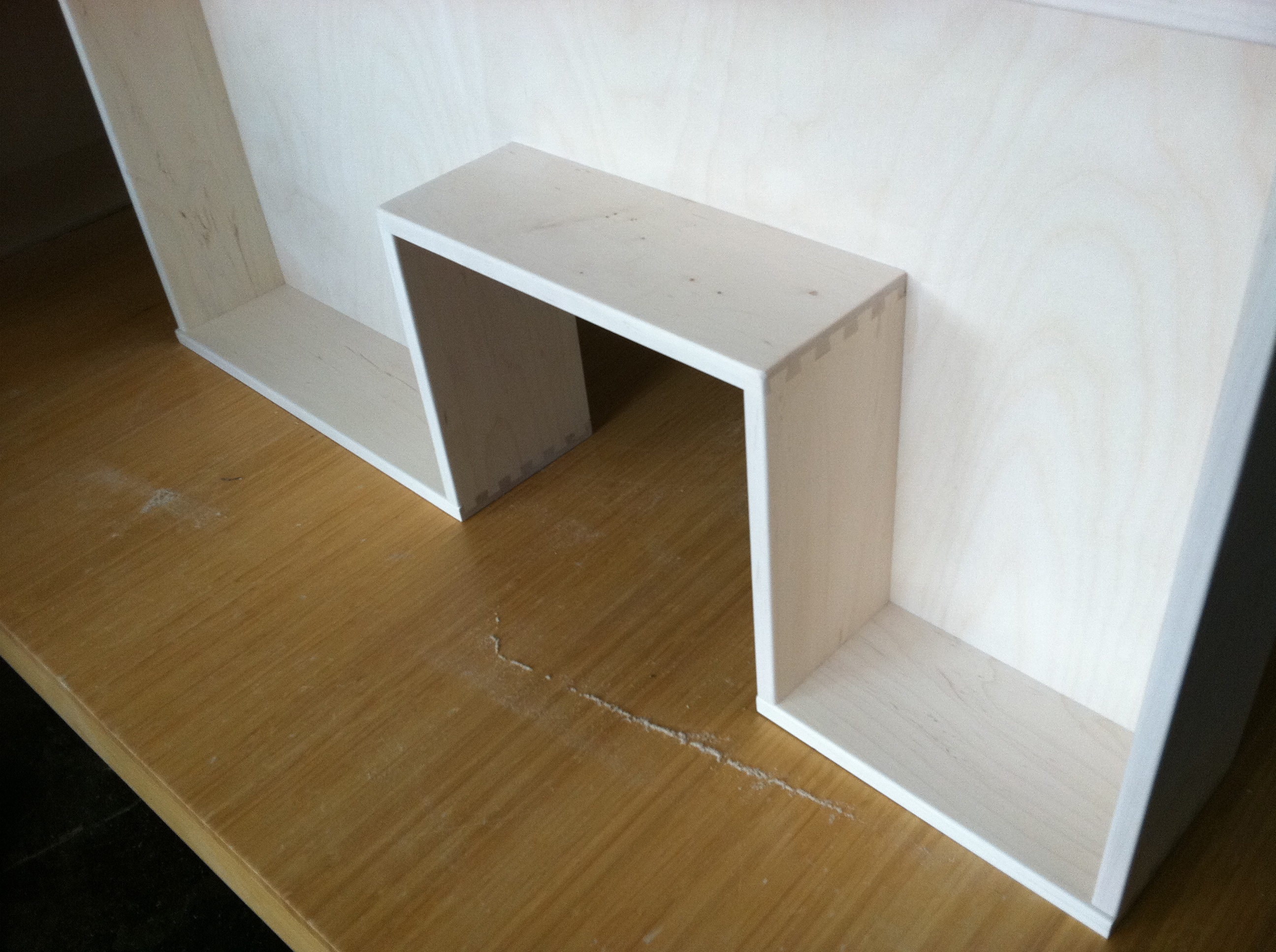 U-shaped Drawer