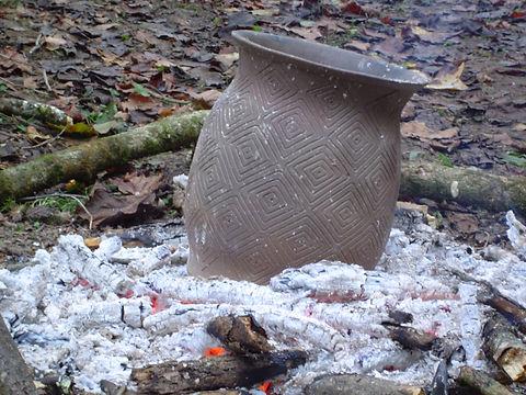 primitive technology, Native American technology, American Indian technology, Woodland Indians, pottery making