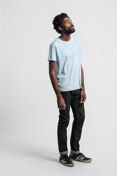 t shirt français maison cornichon bleu placid