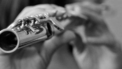 hands playing flute.jpg