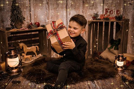 Christmas-6bk.jpg