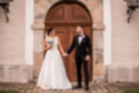 Hochzeitsfotograf Düsseldorf Brautpaar Hand in Hand