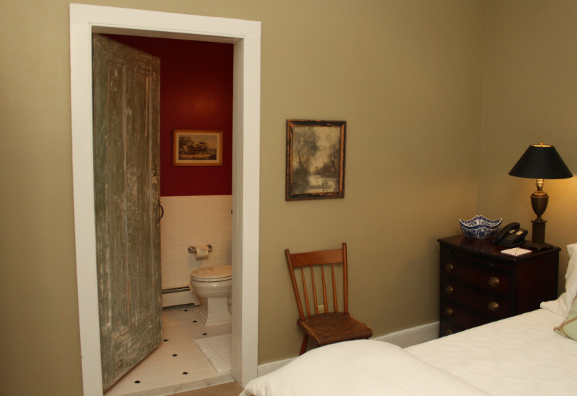 Bedroom with biscuit colored walls