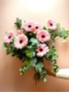 Bouquet-Laurence_edited.jpg