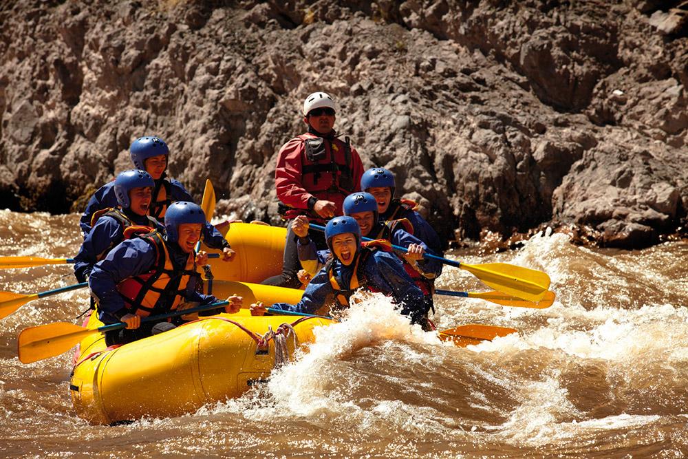 Activa---Turismo-de-Aventura---Raffting,-Mendoza