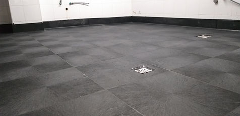 Seamless-Flooring-antislip.jpg