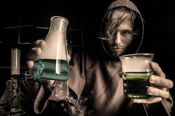 Profession-Photos-Alchemist-min-p-1080x7