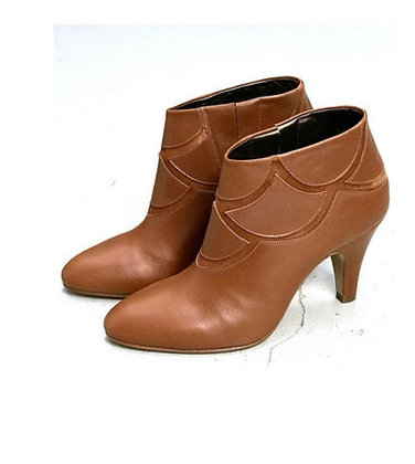 Boots X Or camel