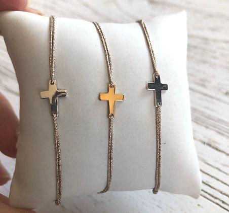 Bracelet cordon lurex , petite croix argent ou plaqué or