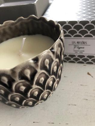 Bougie senteur figue dans petit pot en céramique , combustion 20h env