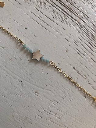 Bracelet étoile nacre et petites pierres semi précieuses