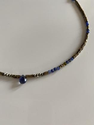 Collier ras du cou , hématite , lapis-lazuli