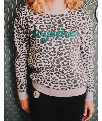Sweat léopard gris together vert paillettes