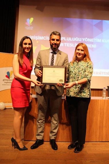 Dr. Serhat Tatlı İstanbul Ticaret Üniversitesi Girişimcilik Zirvesi'nde Doç. Dr. Öykü İyigün ile