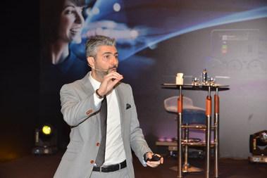 Dr. Serhat Tatlı Mercedes-Benz Türkiye yöneticileriyle
