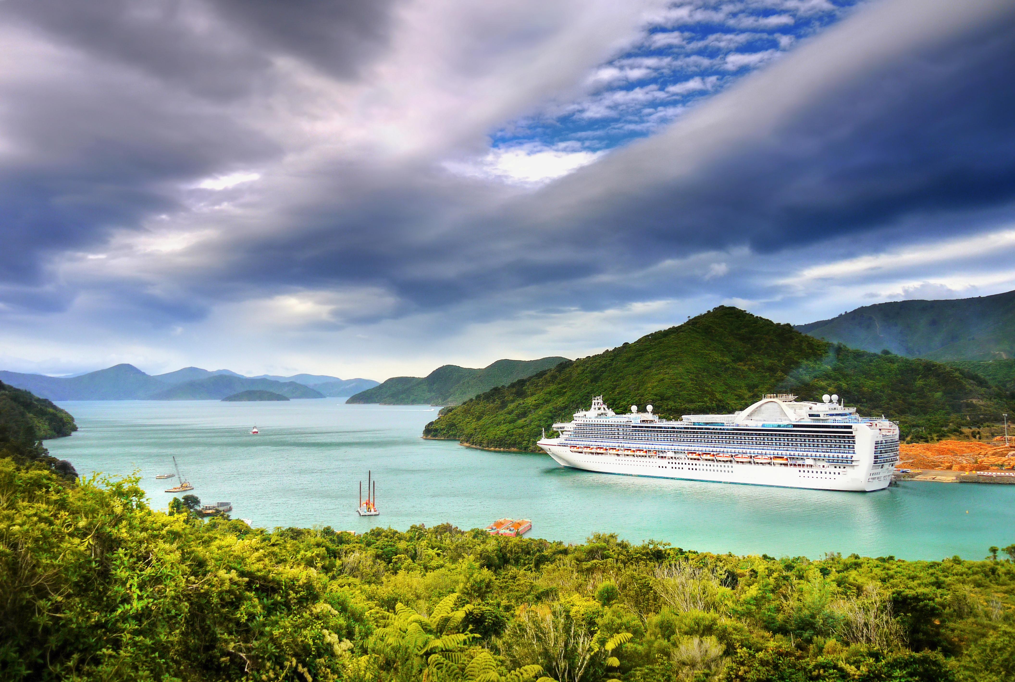 cruiseship-designer-travel