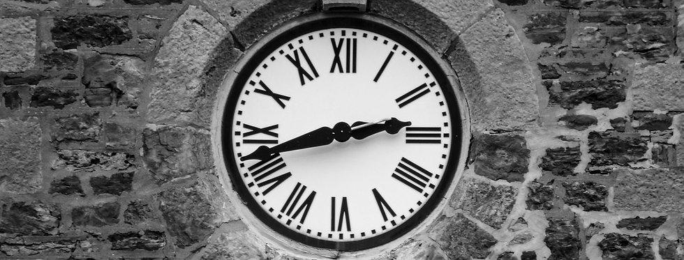 horloge rustique