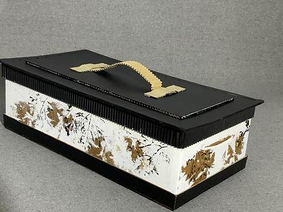Cercueil de taille moyenne