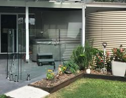 pinbarren glass fence
