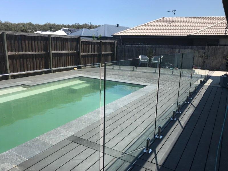 se thru clear fencing Glass Fence
