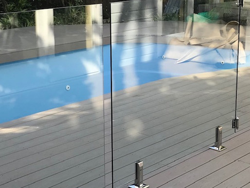 Just in Time : Glass Pool Fence