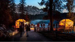 Christmas Market at Lake Carezza
